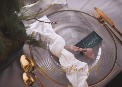 Inspiracja: świąteczny stół bez nadmiaru kupowania i posiadania